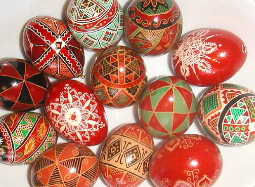 holiday color eggs